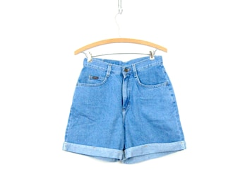 90s Faded Blue Jean Shorts High Waist Denim Vintage MOM Shorts Lightwash Roll Up Cuff Summer Shorts Womens Size 8 28 inch waist Small