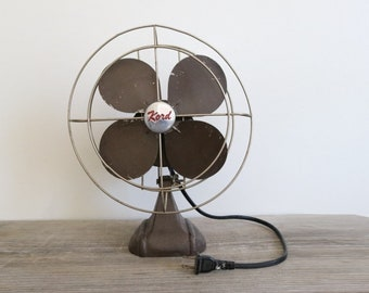 Vintage Fan . old fan . small eclectric fan . metal fan . small retro fan . gray fan . Kord fan