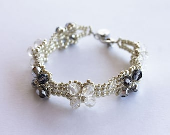 Bracelet two rows vintage 20's silvered and glass pearls
