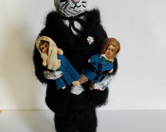 Spun Cotton Tuxedo Cat holding 2 Pet People, a boy and girl also Spun Cotton with Victorian Diecut faces and Crepe clothes