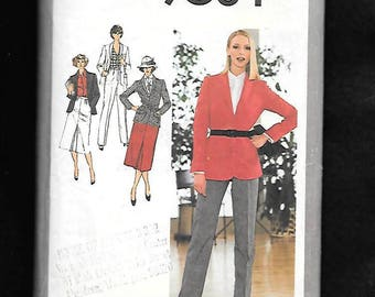 Vintage 70's Simplicity 9064 Misses' Ensemble With Zip Fly Front Pants, Skirt With Center Pleat, And Princess Seamed Blazer, Size 18