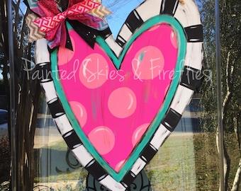 Valentines Day Door Hanger / Spring Decor / Heart door hanger / Home Decor / Heart / Wreath / front door decor /  Seasonal / valentine