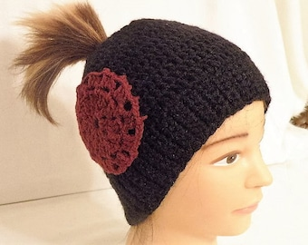 Women's Messy Bun Hat with Motif
