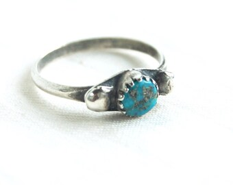 Turquoise Ring Size 6 .5 Vintage Southwestern Jewelry Boho Gift for Her Stacking Band December Birthstone