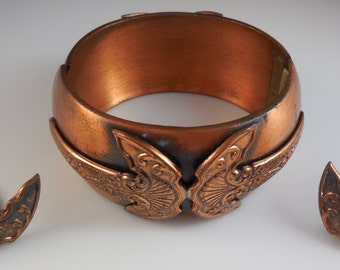 Vintage Rare Whiting and Davis Modernist Copper Hinged Bangle Bracelet and Matching Earrings Demi Parure