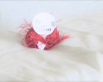 Metal Eyelash, Trendsetter, Red 8, polyester, lashes, novelty yarn, eyelash, destash