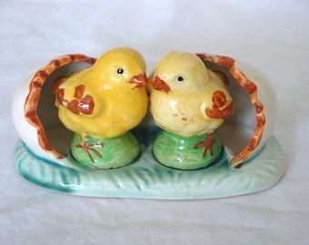 Vintage Chicks in Egg Shell Salt and Pepper Shakers
