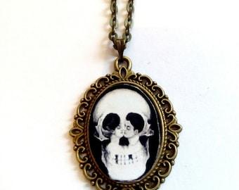 skull bronze picture pendant necklace goth vintage steampunk