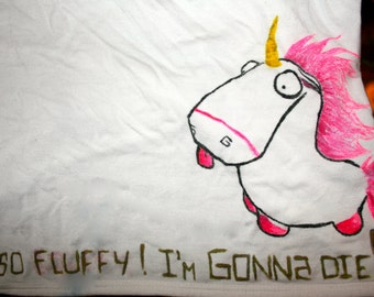 T-shirt crop top despicable me Unicorn (on request, custom made t-shirt). For child, adolescent, adult.