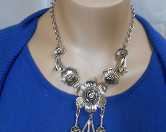 Silver Tone Flower Necklace w/ Clear Jewels w/ Matching Earrings