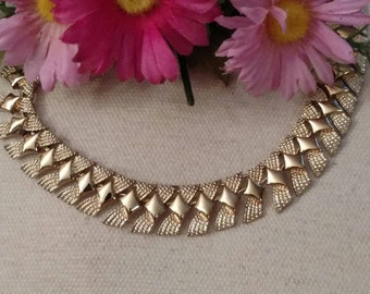 CORO Choker, Diamond Pattern, Gold Tone, Shiny and Textured Design, Stamped, 1960s