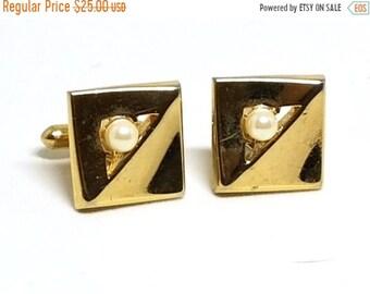 30% Off Sale Swank Cufflinks Faux Pearls Goldtone Cuff Links Vintage