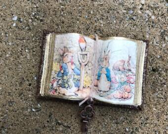Peter Rabbit Open Book 3 - Dollhouse Miniatures
