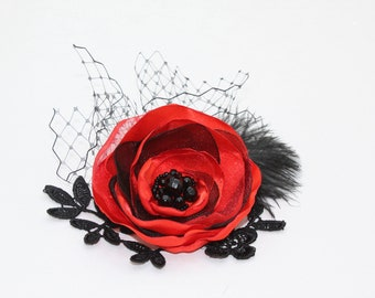 Wedding Hairpiece, Red Black Hair Flower, Red Black Hair Clip, Bridesmaids Hairpieces, Red Satin Flower, Gothic Wedding, Black Lace Flower