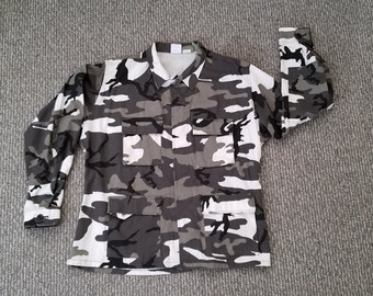 White/Black/Charcoal Army Fatigue Button Up Sz. XL