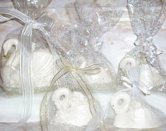 3 D White Chocolate Swan Wedding favors