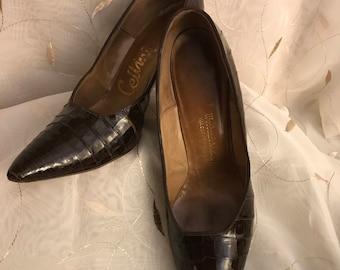 1940's Vintage pointed toe crocodile pumps