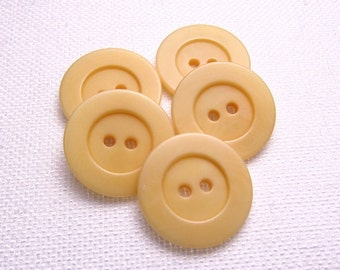 """Pale Cantaloupe: 7/8"""" (22mm) Light Orange Buttons - Set of 5 Matching Buttons"""