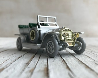 Vintage Rolls Royce Silver Ghost. Scale model for collector of 1907 Rolls Royce Silver Ghost. Made in England.