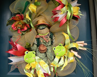 Miss Lucille ...The Whimsical Fishing Froggy