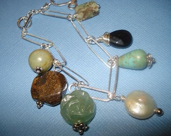 Dangle Your Stones Bracelet