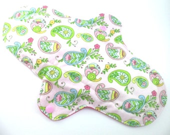 """Cloth pad heavy/night time 10.5"""". Flannel,towelling,PUL.  Paisley print."""
