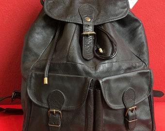 Vintage 90's black leather backpack