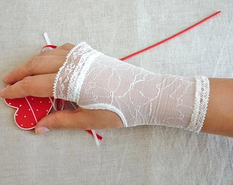 SHORT Wedding Fingerless Gloves with Beautiful Detailing