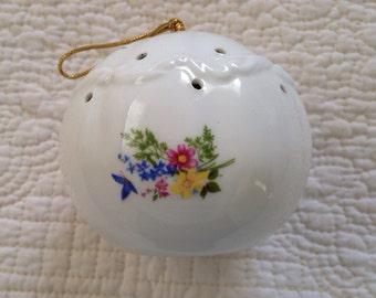 Bone China Pomander, Fragrance Pomander, Vintage Pomander, Potpourri Holder, Sachet Ball, Sachet Holder, Cottage Chic Decor, Country Cottage