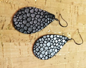 Black/SilverLeather Teardrop Earrings. Leather Earrings. Teardrop earrings. Light weight. Nickle free. Hypoallergenic. Sz Small 1 1/2 inches