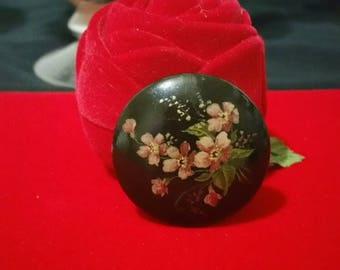 Beautiful vintage hand painted Black, lacquer Russian brooch with pretty pink flowers,floral,black gothic, classic