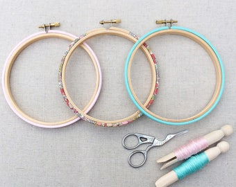 Modern Embroidery Hoop Set. Frames available in five sizes. Wiltshire in teal and pink, Tana Lawn fabric. Hoop-La frame