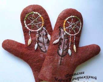 Handmade felted mittens, Wool mittens, Felt mittens, Woman mittens, Dreamcatcher