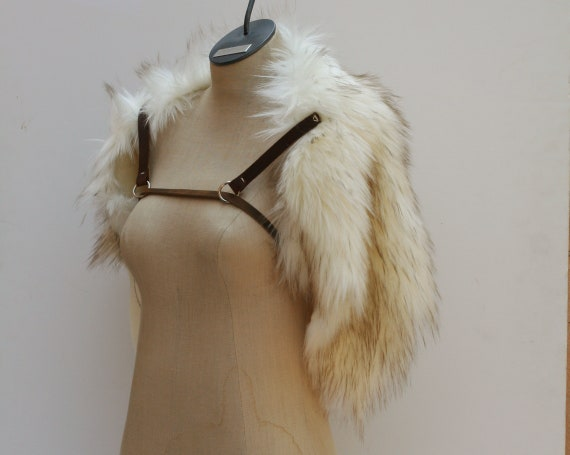 Winterstone Wolf Fur Shoulder Collar, Leather Chest Straps, Shoulder Mantle Fur Ruff, Moyamensing, viking barbarian medieval winter fur