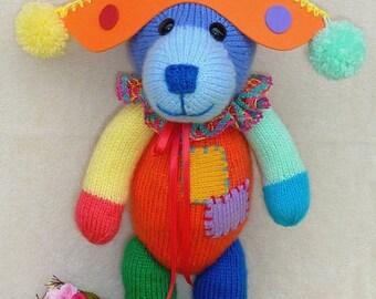 Bear knitting pattern - bear Harlequin multicolor