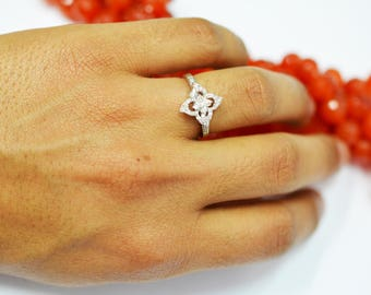 Natural diamond trendy ring/best thing to gift