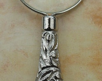 Victorian Style Pendant Magnifying Glass 6cm handle Style LPB