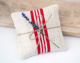Grain Sack Lavender Sachet, French Farmhouse Decor, Vintage Drawer Sachet