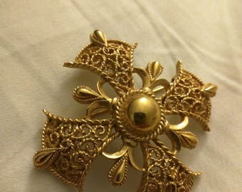 Vintage Trifari Filigree Maltese Cross Brooch