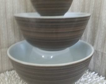 Set of 3 pyrex Terra bowls