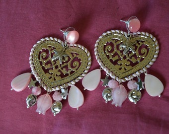 drop earrings heart shaped with pink charms