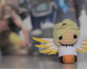 Mini Mercy Amigurumi - Overwatch