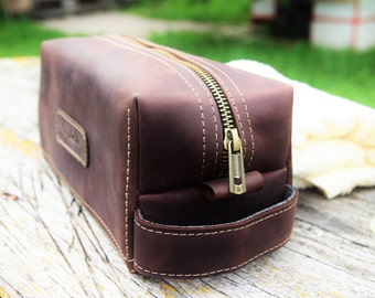 Personalized Travel Bag for Him/Leather men's toiletry bag/Dark Brown Waxed Leather Kit/Groomsman Gift/Personalized gift for him
