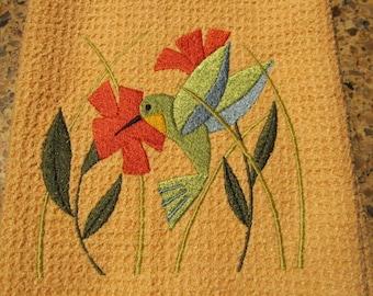 Hummingbird in Flowers (Butter) - Microfiber Waffle Weave Kitchen Hand Towel