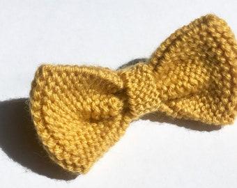 Straw yellow knit bow