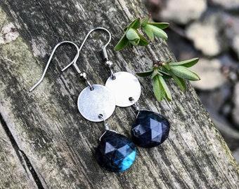 Blue Labradorite Faceted Gemstone Teardrops . Silver Discs . Earrings