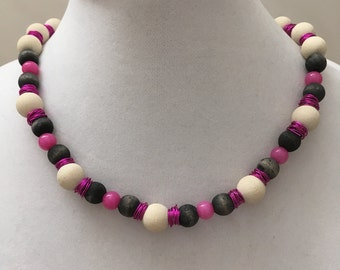 Wood Beads And Fuschia Wire Beads Necklace