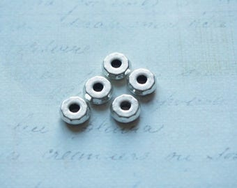 5 silvered way nut 8mm beads