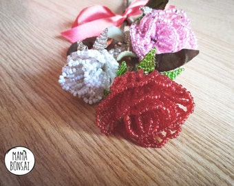Bouquet of roses, handmade beads flowers