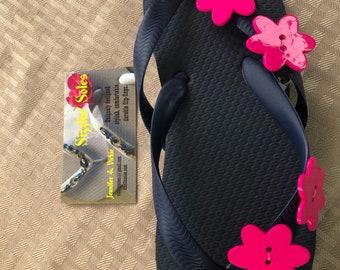 Hot pink flower flip flops size 1/2 kids